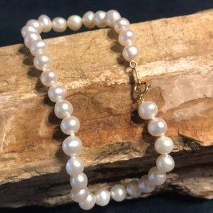 Jewelry - Pearl Bracelet with 14k Clasp